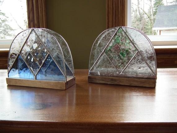 porte lettres ou porte serviettes de table en bois et vitrail. Black Bedroom Furniture Sets. Home Design Ideas