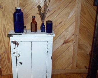 Creamy Buttermilk Wood Medicine Cabinet