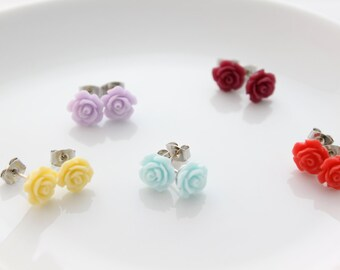 Tiny Rose Flower earring/ Rose earring/ Flower earring/ Tiny flower earring/ Everyday jewelry/ Minimalist/Dainty jewelry/Dainty earring