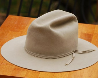 Resistol  Silver Belly Hand Conformed Hat  size 7                    00045