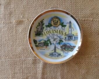Dish - Vintage Souvenir Louisiana Pelican State Hanging - Retro Gift- Mid Century Kitsch