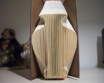 Vase book folding pattern, floral, floral arrangements, flowers, decorative, mmf, simple