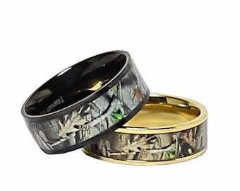 custom engraved camo wedding ring set for him and her titanium black ip and gold - Camo Wedding Ring Set