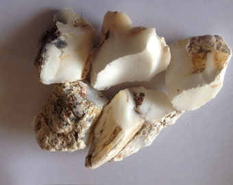 White opal 1000 carats natural 35mm-65mm natural opal mineral