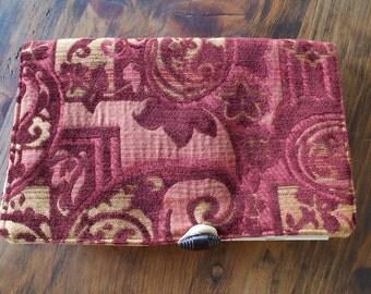 Tapestry crochet and pattern holder