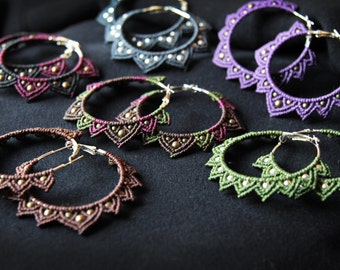 Macramé earrings. Collection India / / Macrame Earrings. Indian Collection