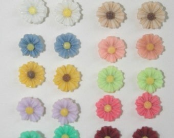 Resin daisy earrings