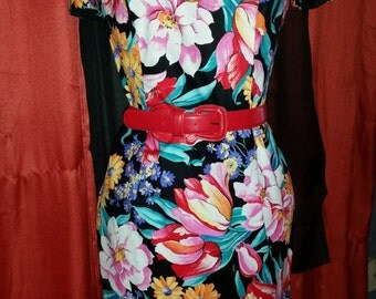 Vintage Size Small/Medium Floral Dress