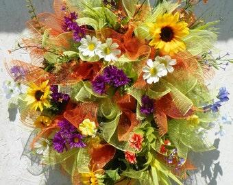 Spring floral wreath, spring wreath, floral wreath, Summer mesh wreath, Summer wreath,  Deco mesh wreath, Front door wreath, wreath