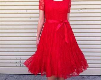 Romantic red lace party dress