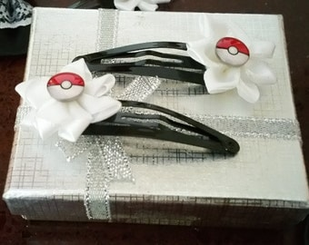 Pokéball style hair clip to accessorise any serious trainer. One included in purchase