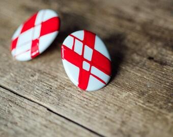 Vintage Red & White Criss-Cross Earrings - Retro 80's Hipster Earrings - Plaid Jewellery