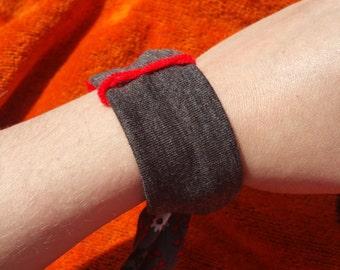 grey/black/red floral bracelet