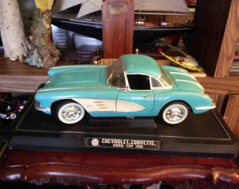 Vintage Solido 1:12 Scale Diecast 1958 Hard Top Corvette Convertible
