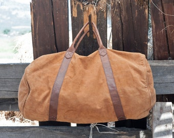 WEEKENDER - SUEDE LEATHER