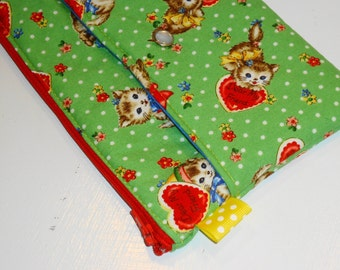 SALE-SALE-SALE Front Pocket Clutch Purse / Xl Kawaii Kitties Zippy Pouch / Cosmetic Bag / Toiletry Case -- Green (Other Colors Available)