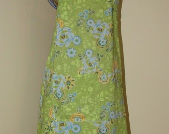 Child's 9/10 Apron  (# 318 ) Light green and yellow Reto print