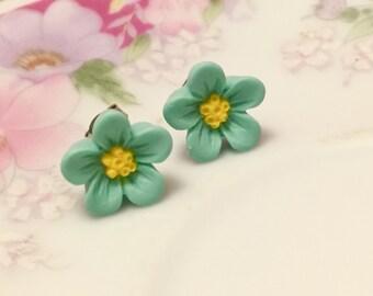 Aqua Daisy Studs, Aqua Flower Earrings, Flower Girl Earrings, Sensitive Ear Studs, KreatedByKelly