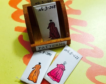 TINY PATTERNS BOX Vintage Shackman Miniature