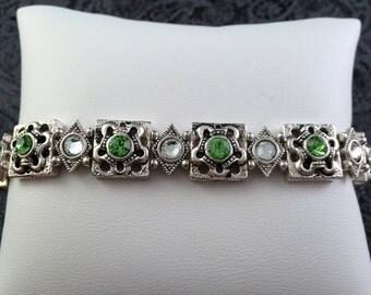 Peridot Green Clear Swarovski Crystal in Antique Silver Tone Casting Stretch Bracelet B140g