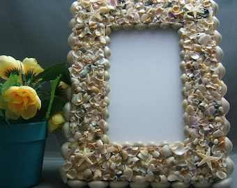 Beach House Decor, Picture Frame covered with Seashells, Holds a 4 x 6 picture horizontal or vertical, set on Tabletop or Hang on a Wall