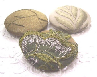 Olive green buttons, fabric covered buttons , embroidered buttons, size 75 buttons