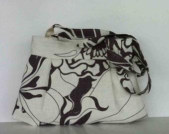 Linen handbag ,  summer  purse  in off white ,shoulder strap purse , Gift for her , Women shoulder bag , Fabric bag , Day bag , fabric purse