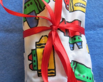 Crayola Twenty Four Crayon Fabric Crayon Roll Up Great For Stocking Stuffer Crayons Included
