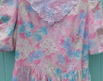 pastel pretty. vintage 1980's pastel floral print dress size 16