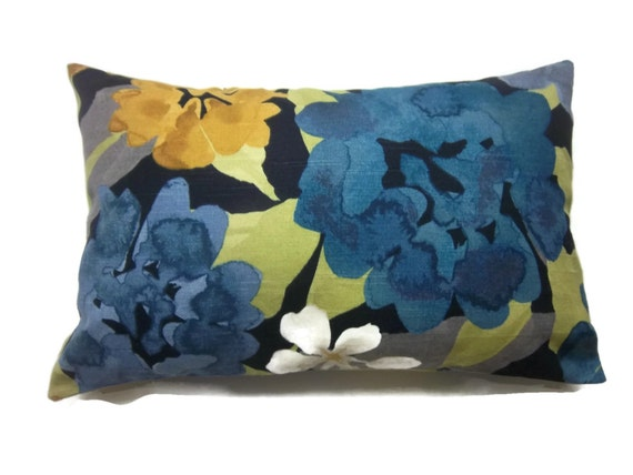 Decorative Pillow Cover Modern Lumbar Bold Floral Design