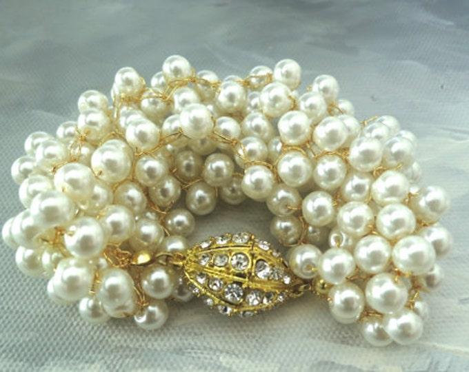 Pearl Chunky Bracelet in Gold