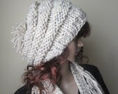 KNIT HAT BEEHIVE beanie,  Womens hat,  Fall/winter hat Chunky beanie, slouchy beanie,  chunky hat, slouchy hat, chunky slouchy beanie