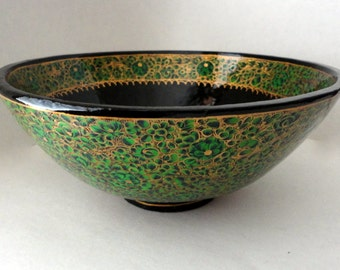 Green & Gold Vintage Kashmir India Bowl Lacquered Paper Mache Ring Dish Centerpiece Fruit Display Wedding Party Favor Handpaint Hostess Gift