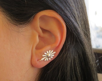 Floral silver ear cuff, Climbing earrings, Silver flower earrings, Ear sweeps, Ear crawler, nature earrings