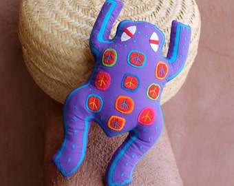 "SALE! - Purple Mola ""Peace Frog"" Pillow - Kuna Indian Hand Stitched Reverse Applique"