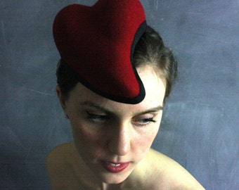 Free Shipping/Can./U.S.-Tete d'Amour #25 sculptural red wool felt heart hat