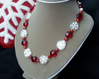 Snowflake and Jewels necklace
