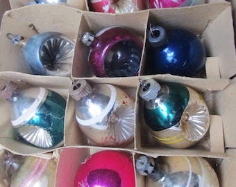 Vintage 1940's Set Of 12 Christmas Ornaments, Striped, Indented, Poland, Shiny Brite