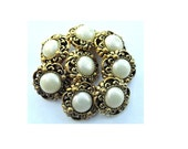 6 Vintage flower buttons gold color plastic with white pearl color in the center 16mm