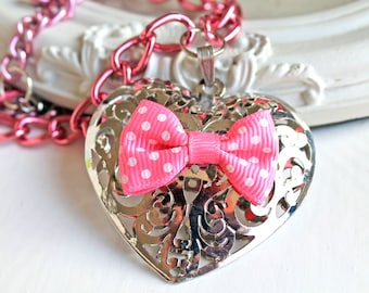 Collier sweet lolita coeur filigrane et noeud rose