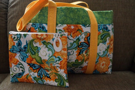 Cute Floral Tote with Pockets