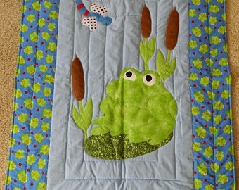 Froggy Crib Quilt, Blue and Green frog border