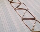 24mm triangle brass links hoops connectors - 25pieces - destash