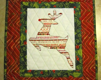 REINDEER Mini Selvage Quilt Collection from Quilts by Elena Wall Hanging Table Topper Selvages