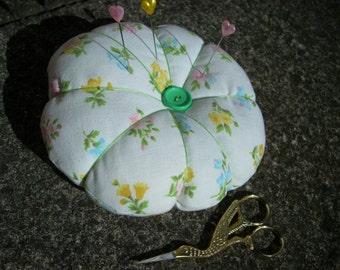 Floral pin cushion, fabric pin cushion, large pin cushion, pin cushion, sewing gift, mothers day gift,gift for mum,  gift for home, Mum gift