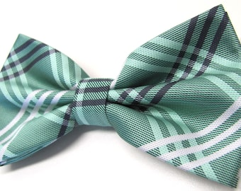 Mens Bowtie. Green Blue White Plaid Bowtie With Matching Pocket Square Option