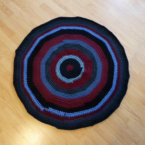 Round Rag Rug Black And White: Rag Rug Round Black Blue Maroon Crochet 36 By DebbieCrochets