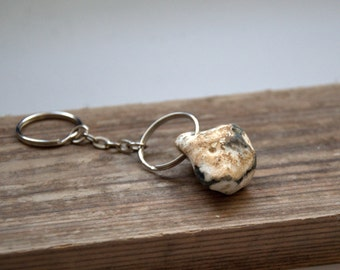 Natural holey beach stone gray white key ring keychain for him Father good luck Hag Odin Fairy Pagan talisman rock beige pebble home decor