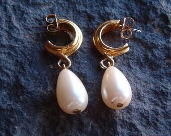 Earrings, Vintage Tear Drop Faux Pearl Pierced Earrings