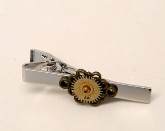 Steampunk jewelry tie pin. Steampunk tie tack. Steampuk tie clip.